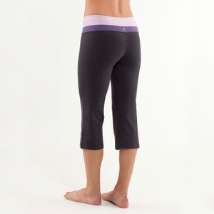 Lululemon Groove Crop 6 Reversible